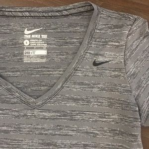 EUC NIKE DRI-FIT V-Neck Tee